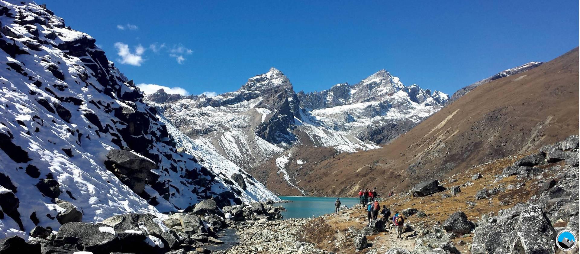 Everest Roilwaling Valley via Tashi Laptsa pass